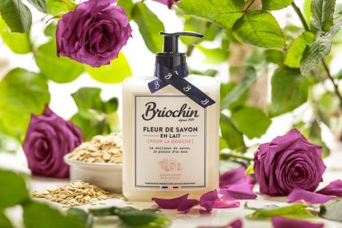 Lait douche de chez Briochin. Parfum avoine et rose